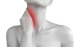 симптомы протрузии шеи