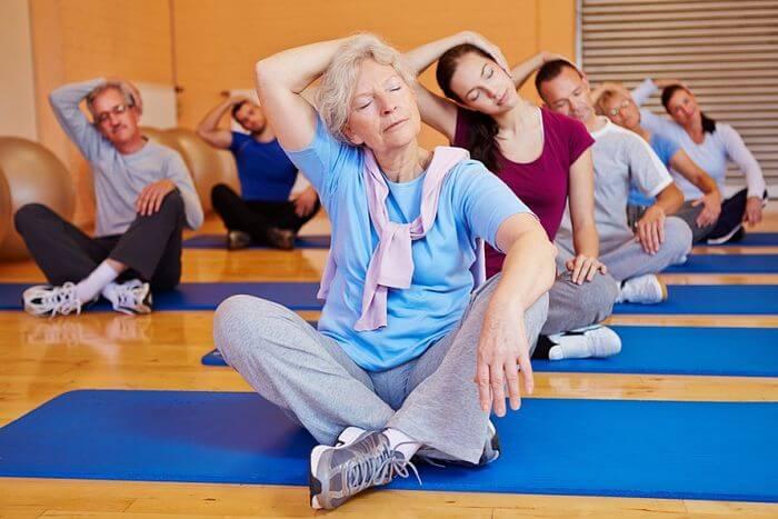 упражнения для пожилых людей