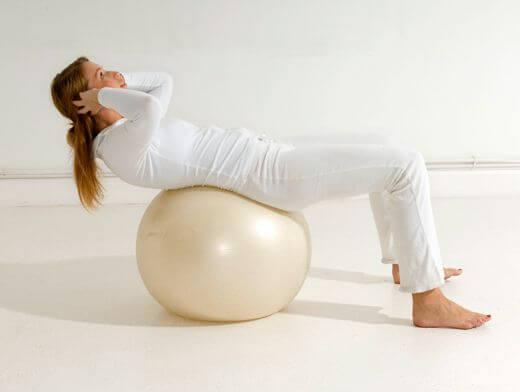 Упражнения для лечения грыжи